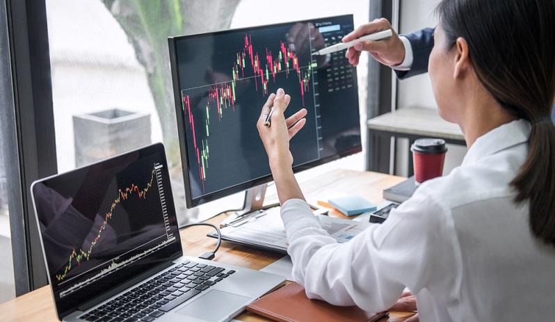 Jeder Anleger agiert anders und setzt andere Prioritäten. Während für einige die Sicherheit ganz oben steht und alle die Anlageklassen, die mit einem hohen Risiko einhergehen, keine Rolle spielen, ist es für andere wichtig, eine möglichst hohe Rendite zu erzielen.  ( Foto: Shutterstock-Freedomz)